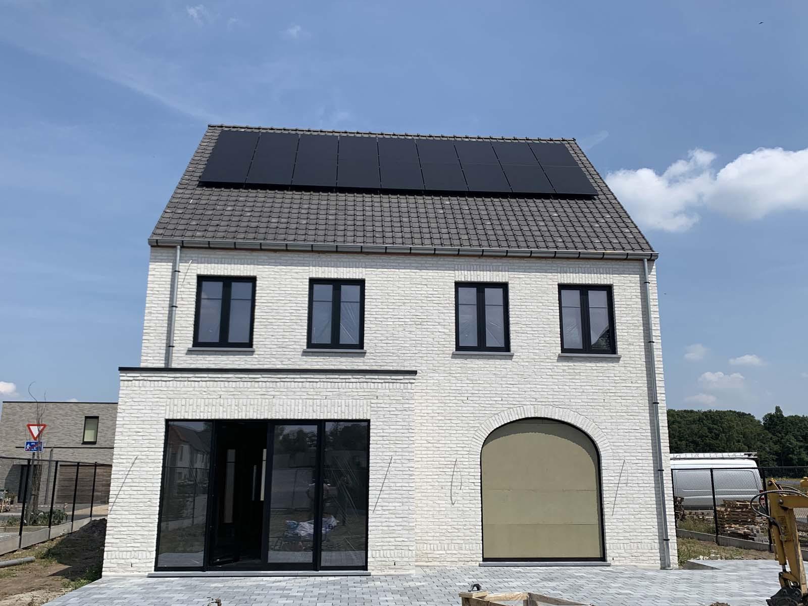 Sunpower installatie zwarte panelen